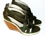 Image of Tahari Shoes, Janice Wedge Sandals - Size 6M