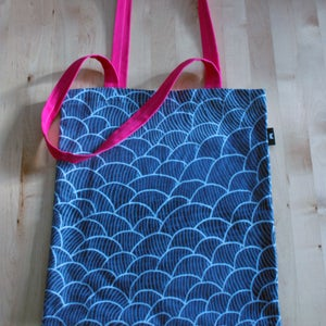 Image of Pink Bombi Bag
