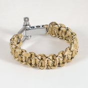 Image of Paracord Shackle Bracelet - Desert Camo