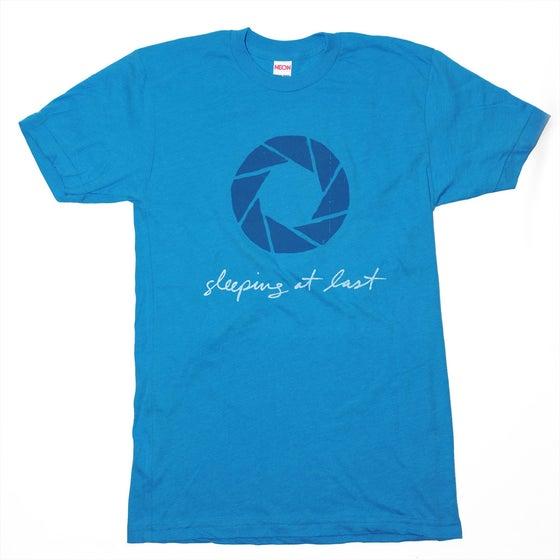 "Image of ""Aperture"" T-Shirt"