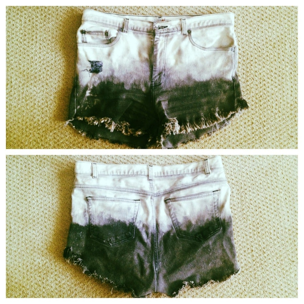 Image of Ombre Shorts