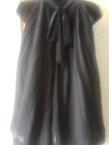 Image of Beautiful Black Bow Back Tunic Size Large