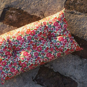 Image of BETSY (PINK) rectangle buttoned cushion