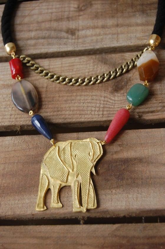 Image of Elefante