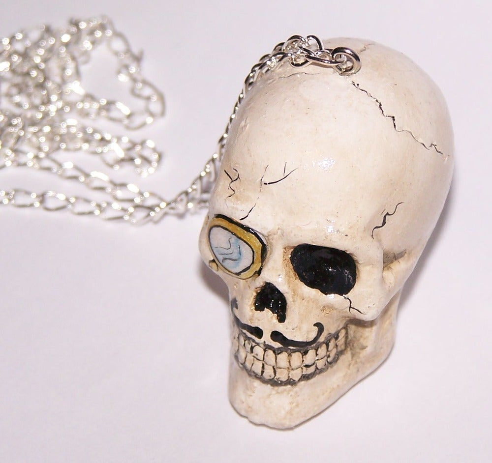 Image of Large gentleman skull necklace