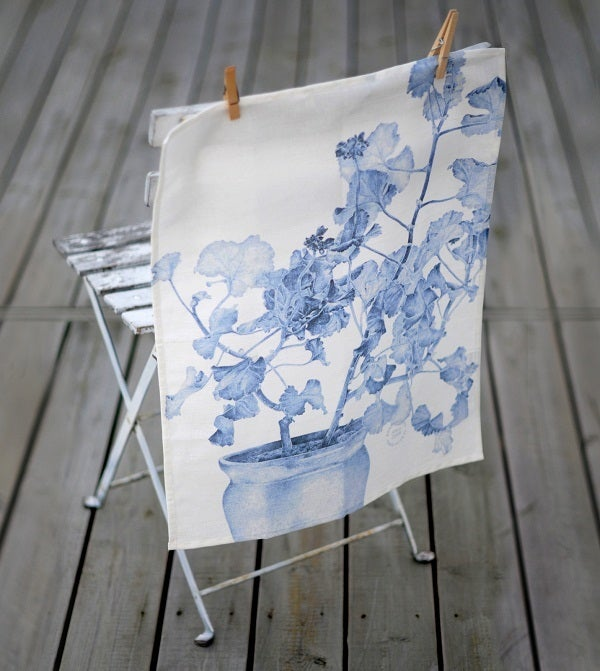 Image of Swedish Kitchen Towels - Blue Geranium/Linen