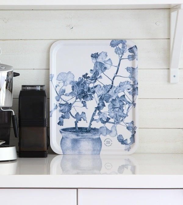 Image of Swedish Serving Tray - Blue Geranium