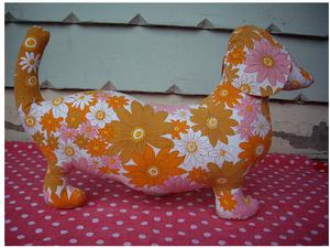 Image of Pink/Orange Flower - Sausage dog