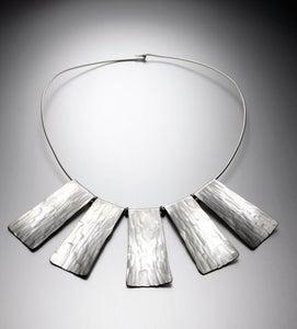 Image of Medium Collar Necklace