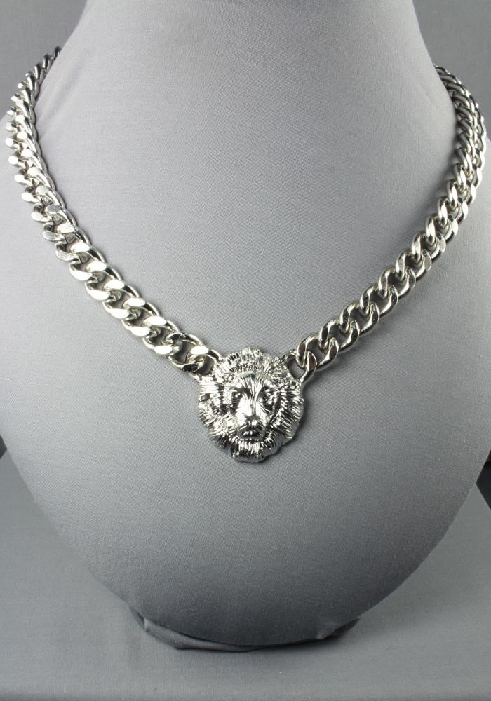 Image of Silver Lioness Necklace