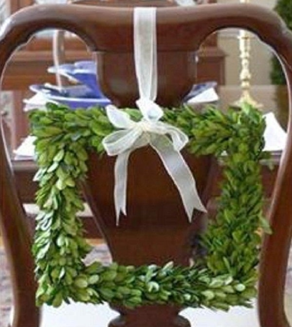 Image of Preserved Boxwood Wreath -- Square 8""
