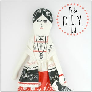 Image of Frida D.I.Y doll kit