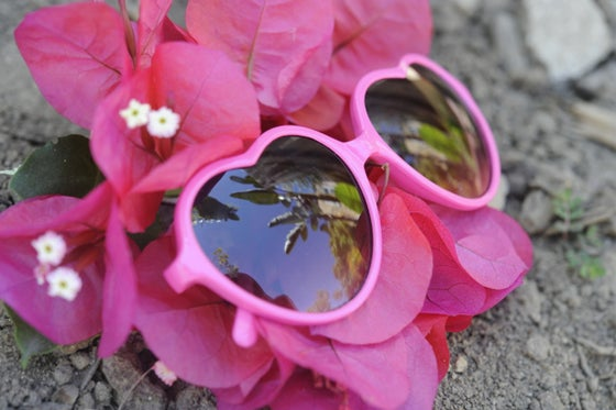Image of Lovely Heart Eye Sunglasses