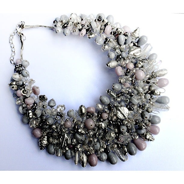Image of EXCLUSIVE Pearl Bead Statement Collar Necklace