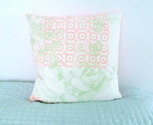 Image of Cushioncover - Neonorange Flowerprint