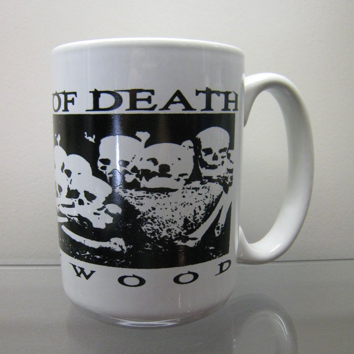 Image of Bed Of Skulls - Mug