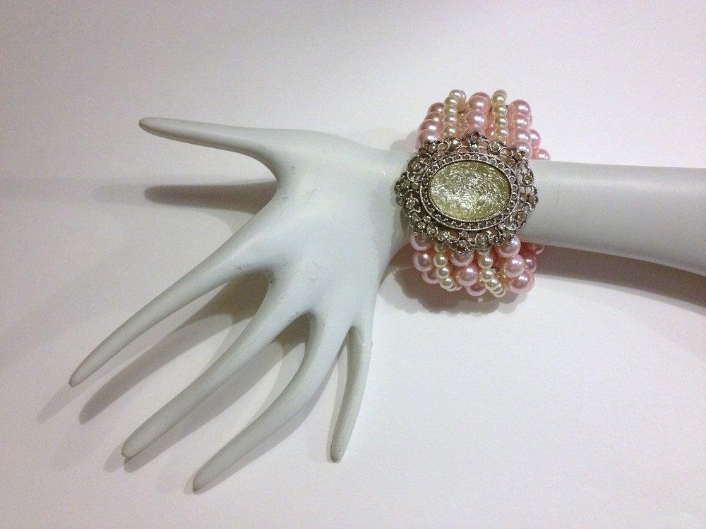 Image of Vintage Pearl Bead Bracelet