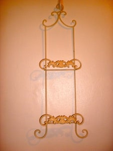 Image of Plate Hanger
