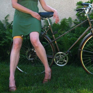 Image of Skirt Garter for biking