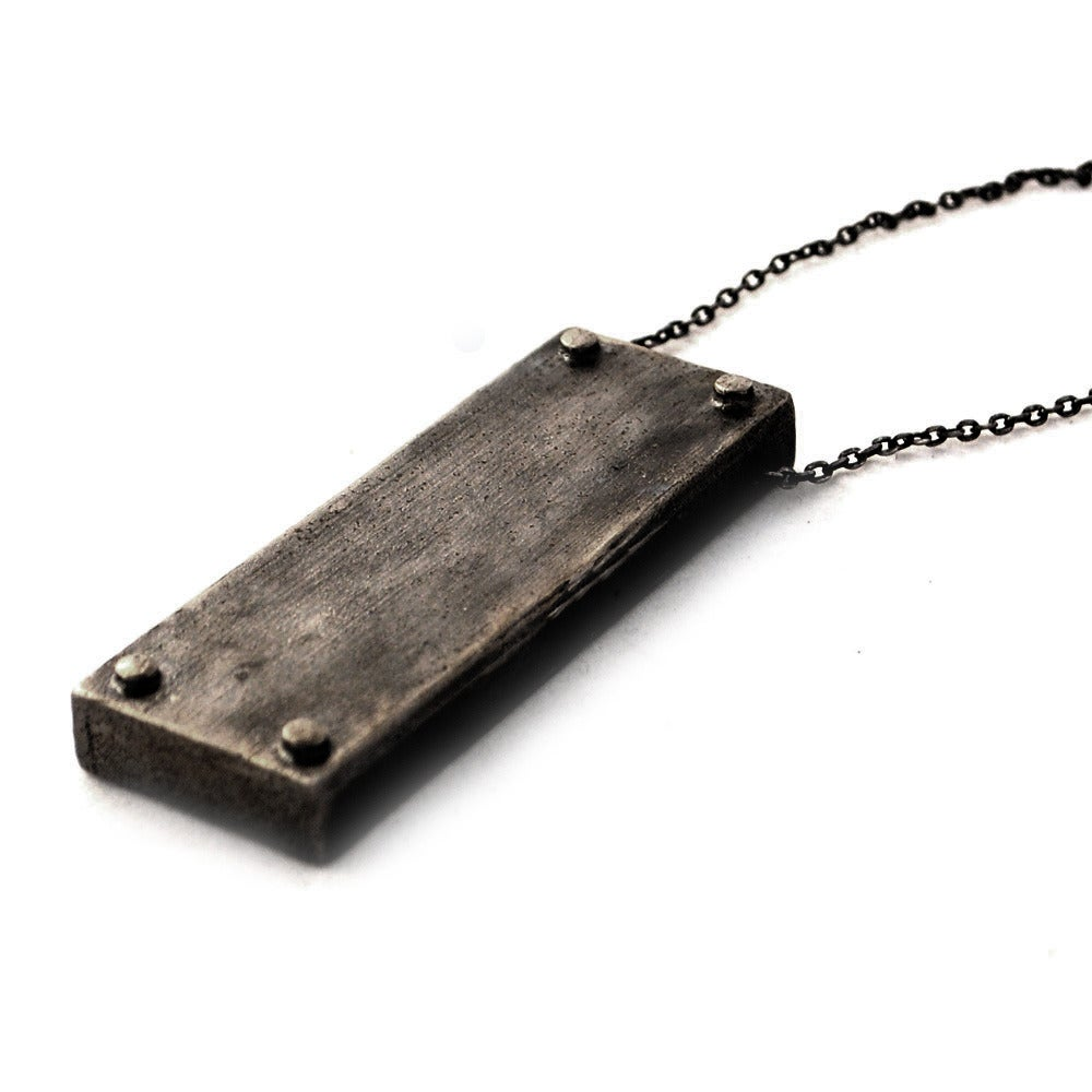 Image of medium vertical necklace