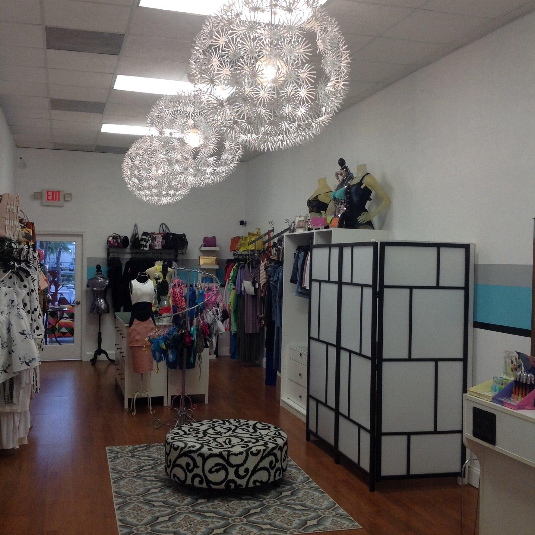 Diva S Closet Boutique Amp Hair Lounge Home