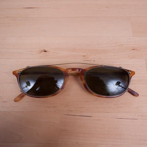Image of Oliver Peoples - Vintage Finely Tortoise with Clip-On
