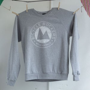 Image of 91' | Crewneck Sweater | Grey/White