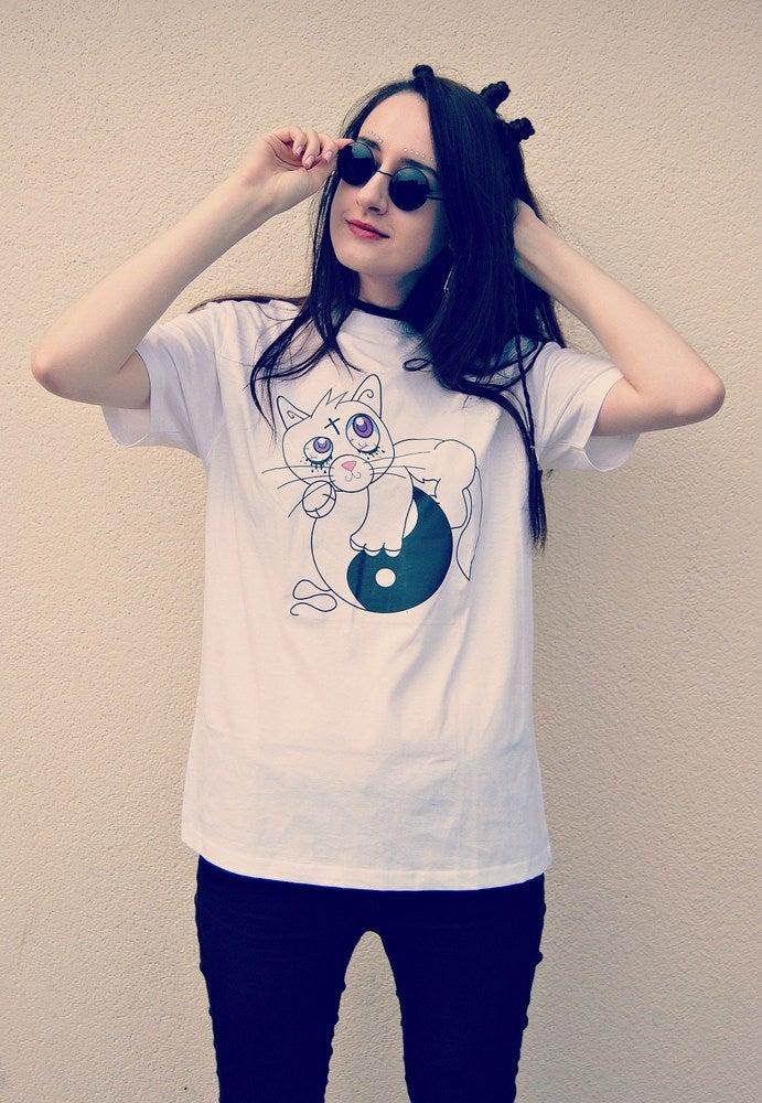 Image of Creepy Cat (Neko) T-shirt
