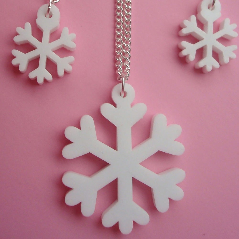 Image of White Snowflake Necklace & Earrings