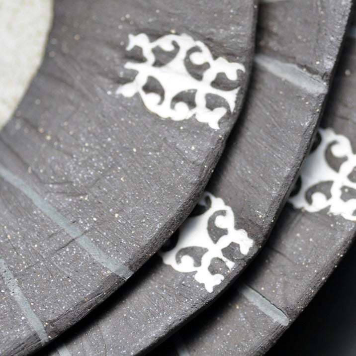 Image of hoitytoity nesting plates