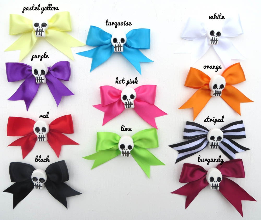 Image of Bows with Tails Pairs
