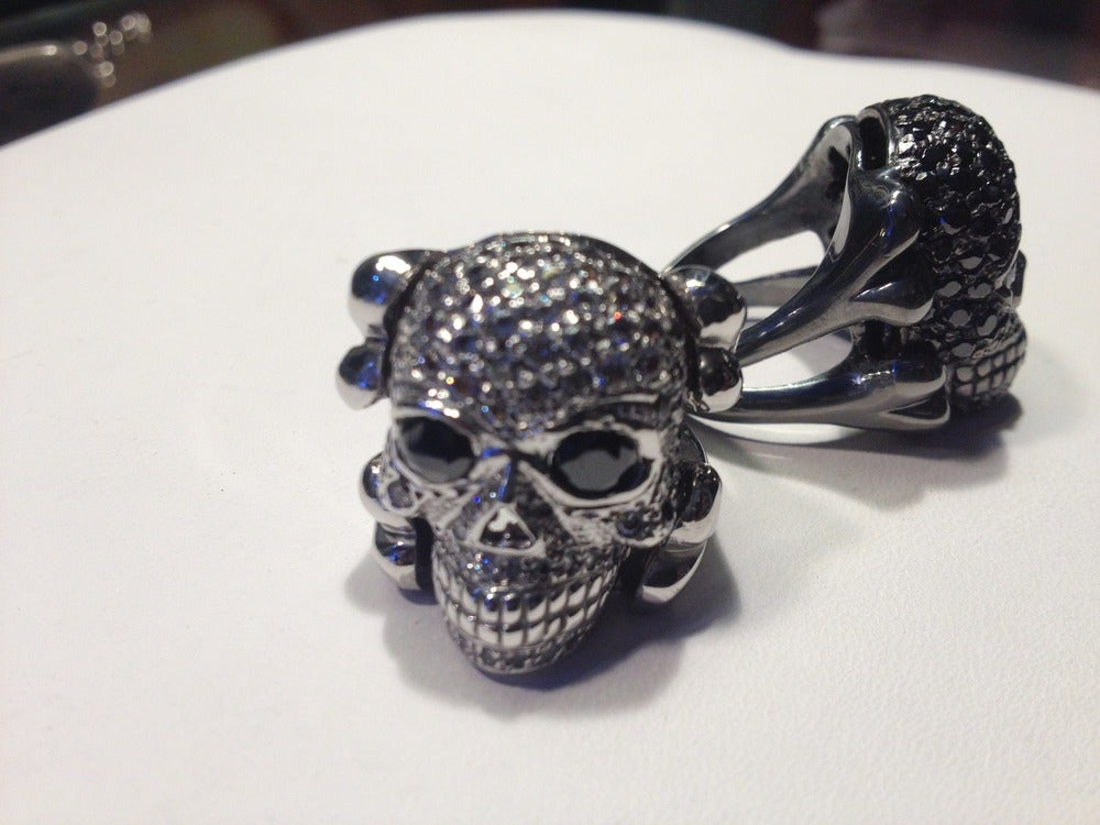 Image of Skull & Bones Ring (full Set)