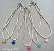 Image of Collar color crudo con pieza de color