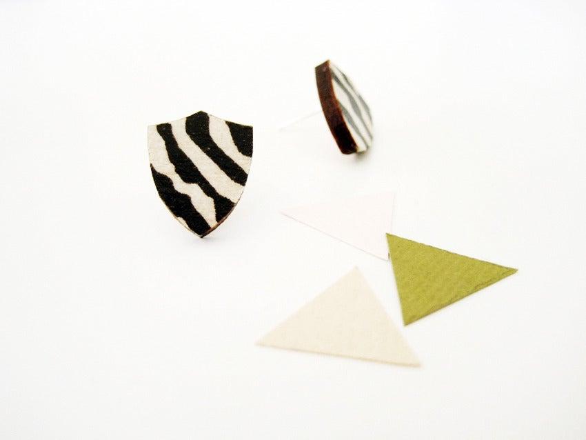 Image of Zebra shield studs