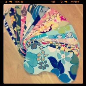 Image of Contoured Burp Cloths