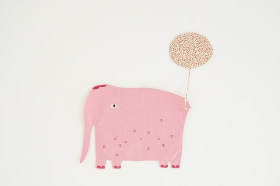 Image of mon gourmand éléphant / pink *temporarily out of stock