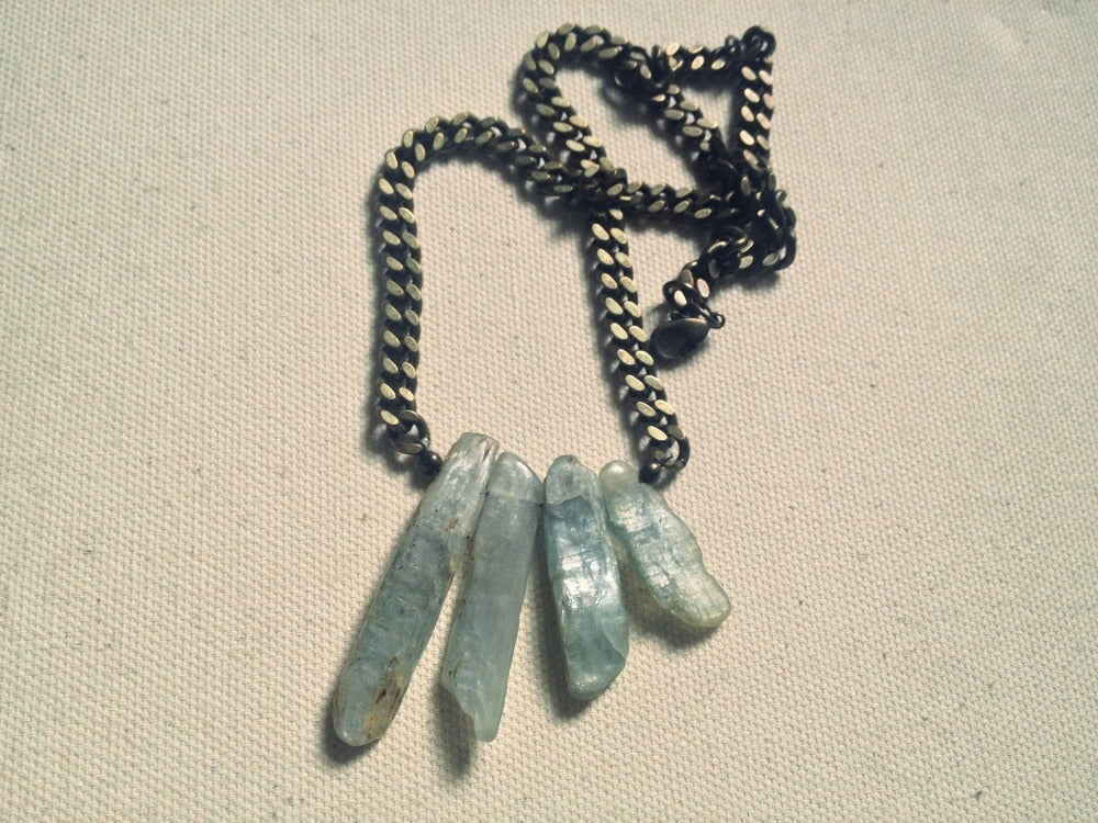 Image of Levitate necklace