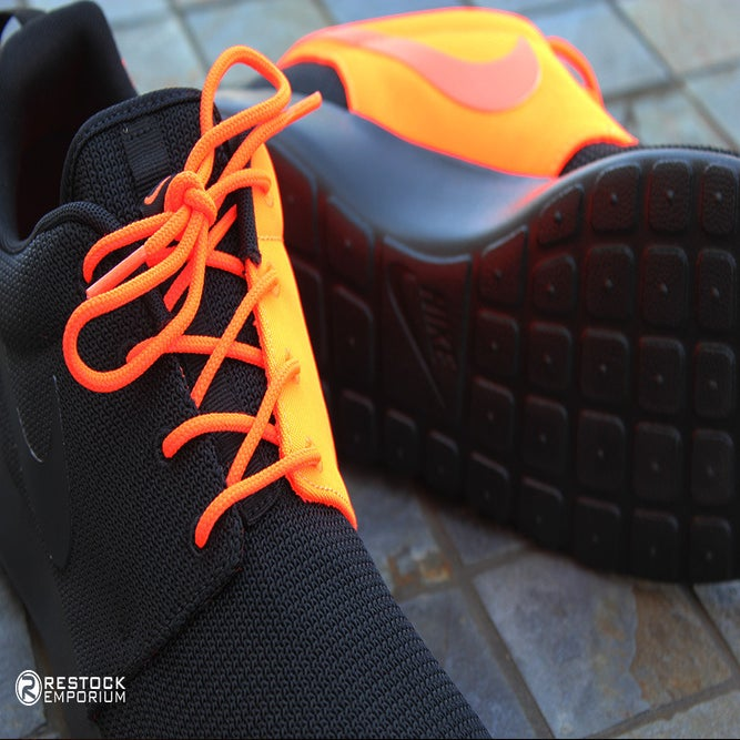 hard to find items. | Nike Roshe Run QS ��Two-Faced�� -Total Crimson