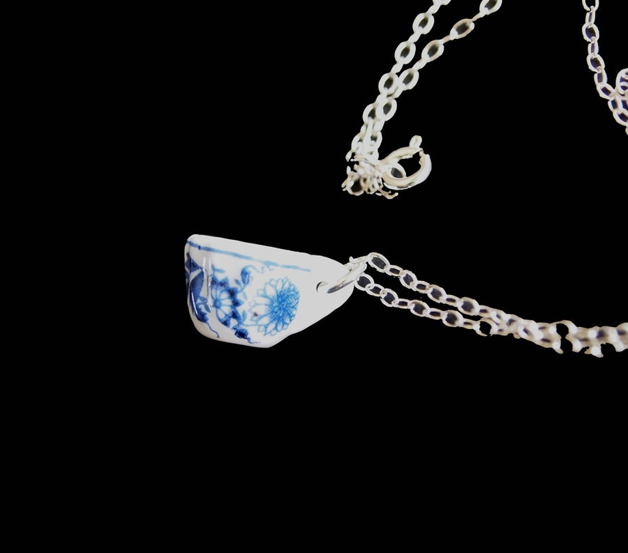 Image of blue willow cup necklace