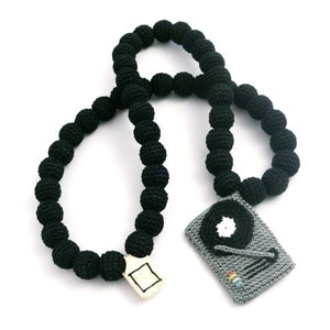 Image of Turntable Crochain - grey/black Necklace