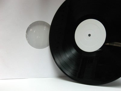 "Image of RARE VINTAGE 12"" VINYL PHONOGRAPH RECORDS : BITCOIN ~ BTC - LTC - FTC - ACCEPTED!!!"