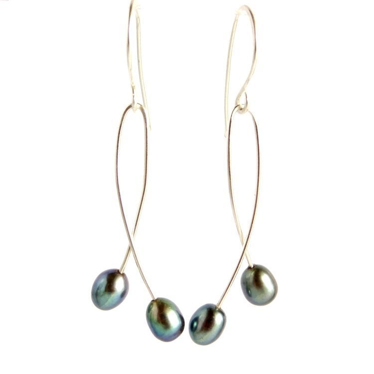 Image of Peacock pearl doubles earrings - Momi Twins Darkness
