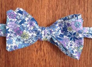 Image of Floral Print Self-Tie Handmade Bowtie