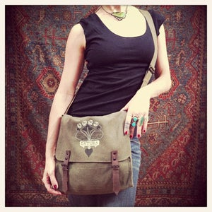 "Image of ""Daturamour"" Army Satchel"