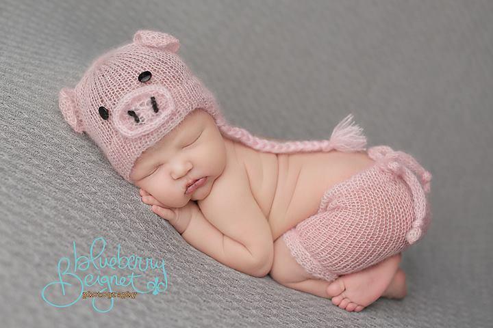Image of Little Piggy Short/Hat Set