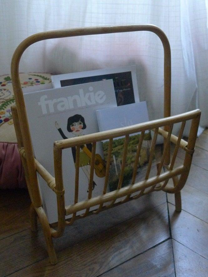 Image of PORTE REVUES EN OSIER / Magazine rack
