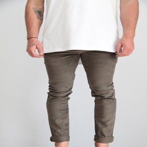 Image of Standard Pant- Olive