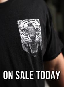 Image of Printed Tiger Pocket
