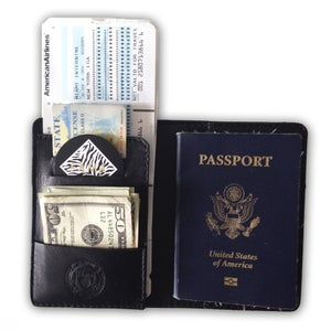 Image of FAMA | Lambskin Passport Wallet