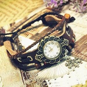 Image of Womens Handmade Vintage Snow Pendant - Leather Quartz Wrist Watch (GA0051)